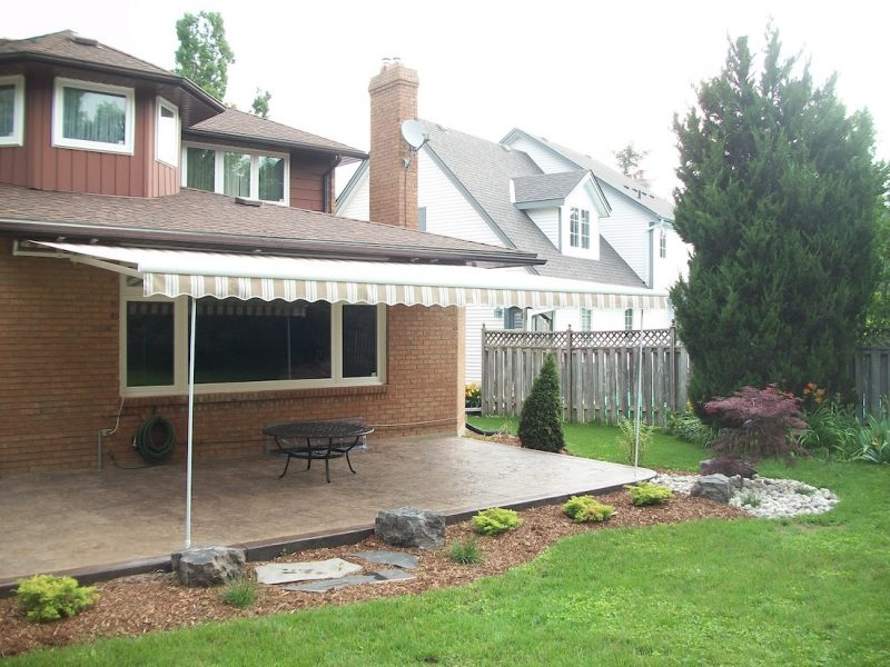 barrie, orillia, severn, gravenhurst, awning supplier, awning installation, house awning, cottage awning, retractable awnings, retractable awning supplier