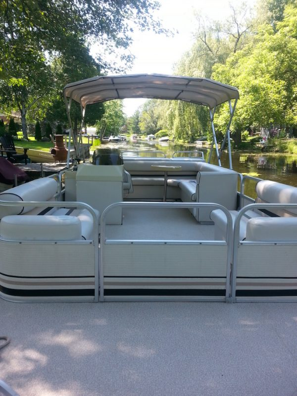 Replace, Repair, Boat canvas, Re-Sew, new install, barrie, orillia, severn, Gravenhurst, boat screen repair, boat window repair, boat screen, upholstery, marine upholstery
